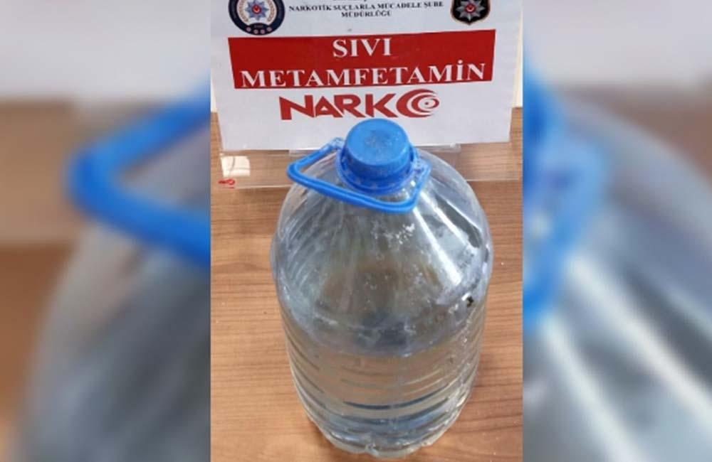 Eskişehir'de 3 kilo 806 gram sıvı metamfetamin ele geçirildi: İnsan beynini yok edici etkisi var