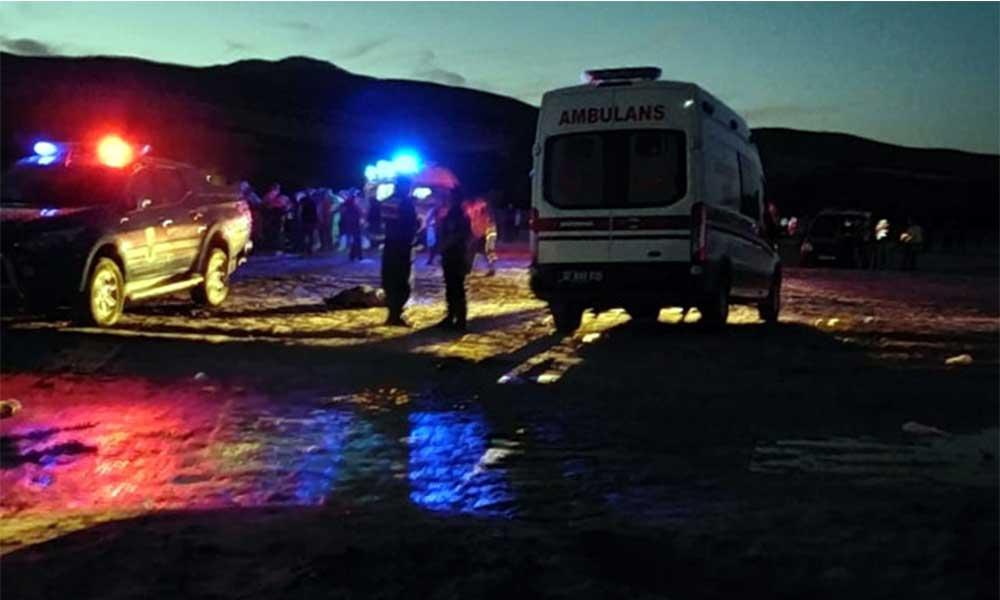 Göle giren iki kardeş boğularak hayatını kaybetti