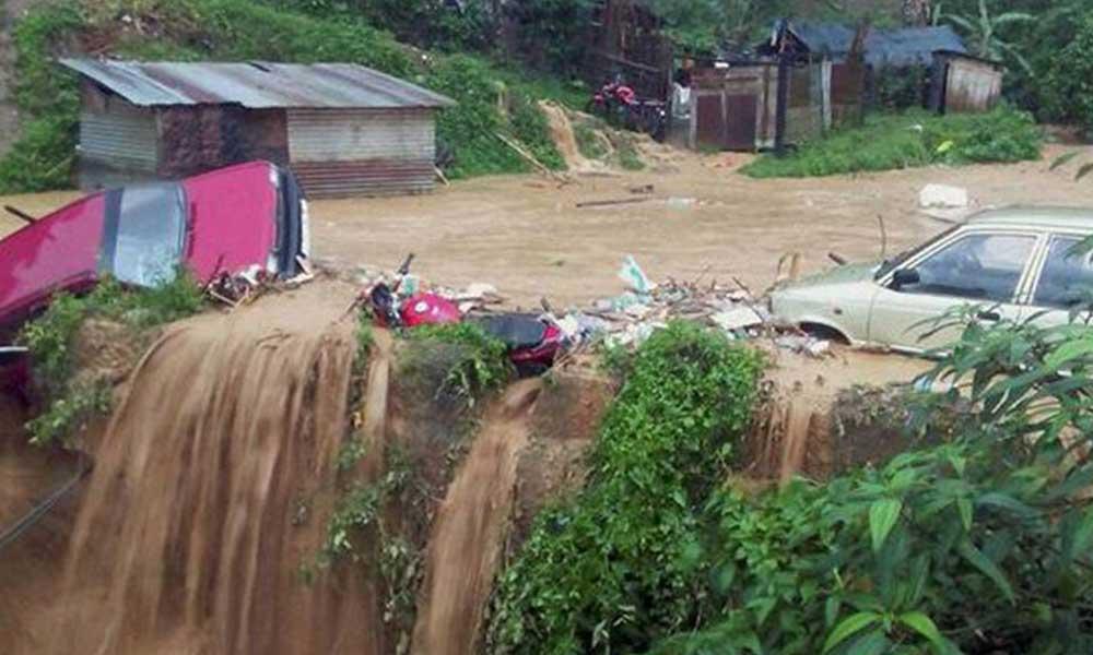 Hindistan'da heyelan: 43 kişi hayatını kaybetti, 20 kişi kayıp