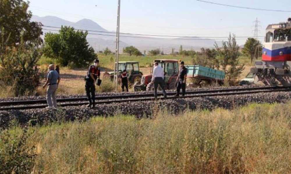 Kayseri'de lokomotifin çarptığı iki çocuktan biri hayatını kaybetti