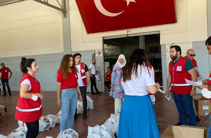 Halkın Kızılay'a verdiği AKP'ye gitti