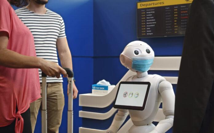 Pepper robotları maske tak uyarısında bulunacak