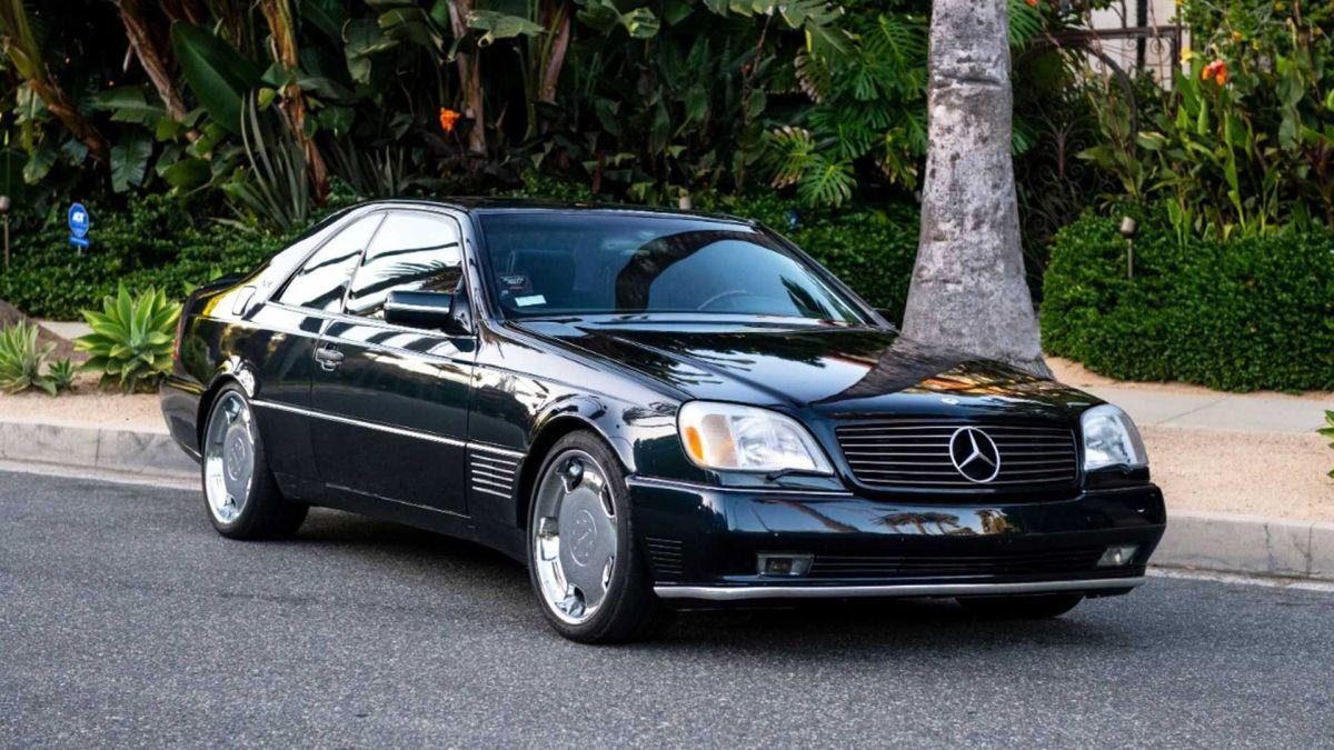 Benz S600 otomobilini satılığa çıkardı
