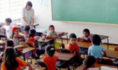 Türban krizi: Öğretmen ve müdür açığa alındı