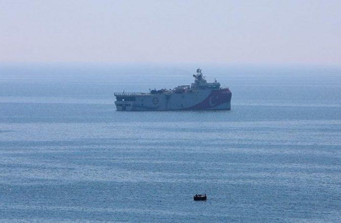 Türk ve Yunan gemileri arasında ilk temas