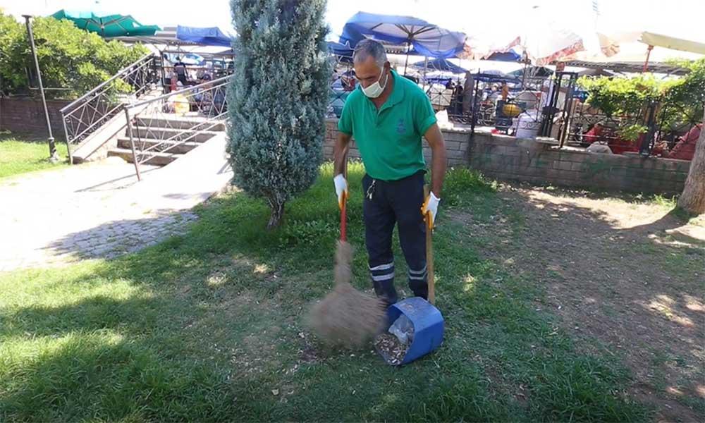 Efeler Belediyesi ilçedeki parkları sonbahara hazırlıyor