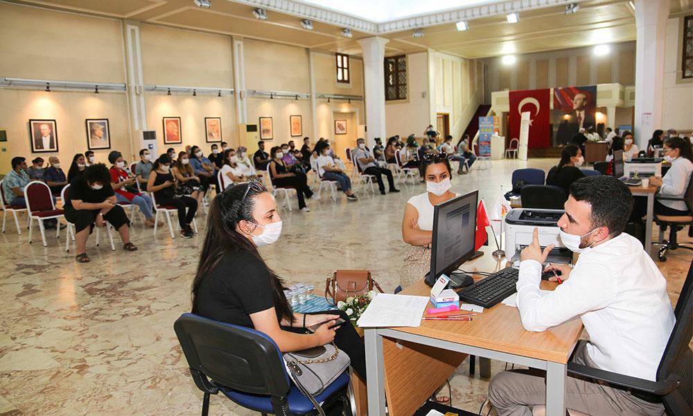 Büyükşehir'den üniversite adaylarına YKS tercih danışmanlığı