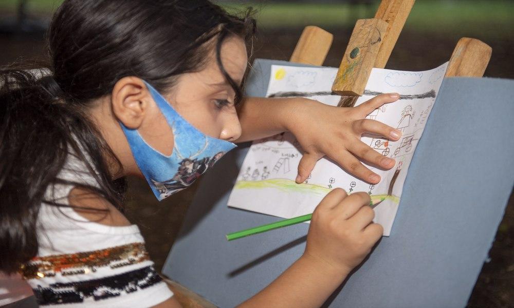 Çocuklar hayallerindeki hareketliliği tuvale yansıttı