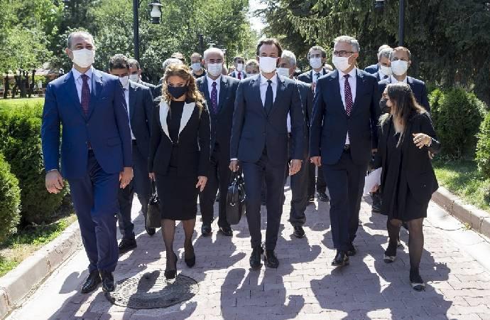 Türkiye'ye gelen AİHM Başkanı Spano: İktidar, mahkemeleri kontrol edemez