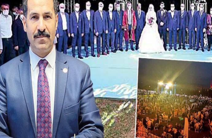 Hürriyet, kuralların hiçe sayıldığı AKP'linin düğününü 'önlemleri esnetme' olarak haberleştirdi