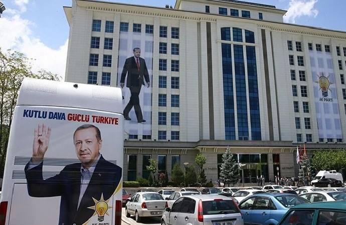 Üyelik hedefini tutturamayan il başkanı, birçok kişiyi habersiz AKP üyesi yaptı!