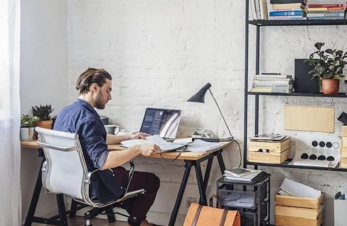 İspanya'da evden çalışma masrafını işveren karşılayacak