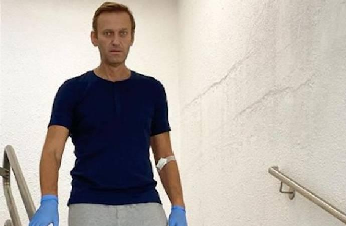 Zehirlendiği iddia edilen Rus muhalif siyasetçi Navalni ile ilgili flaş gelişme