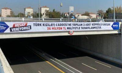 Mansur Yavaş'tan 'şeffaflık' uygulaması: Köprülü kavşakların maliyeti pankartla duyuruldu