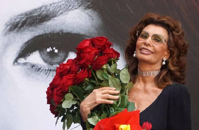86 yaşındaki Sophia Loren, 11 yıl sonra sinemaya dönüyor