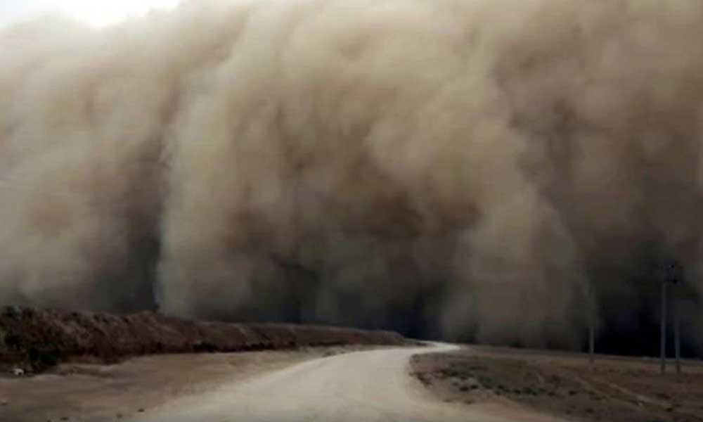 Meteoroloji'den 'kum fırtınası' açıklaması: Saat vererek o şehri uyardı!