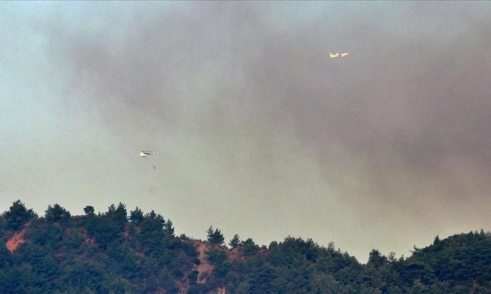 Antakya'da iki gündür devam eden orman yangınına havadan müdahale