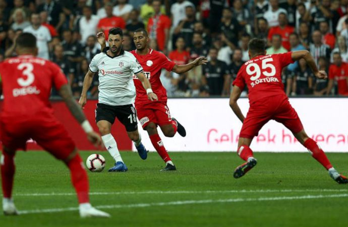 50 kişinin koronavirüse yakalandığı söylenmişti! Antalyaspor'un yeni test sonuçları negatif çıktı