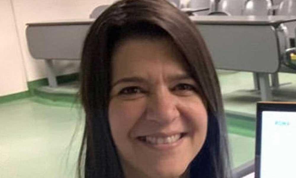Online ders veren öğretmen öğrencilerinin gözü önünde hayatını kaybetti