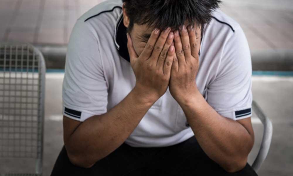 Araştırma: Gençler mutsuz, umutsuz, borçlu ve yurtdışına taşınmak istiyor