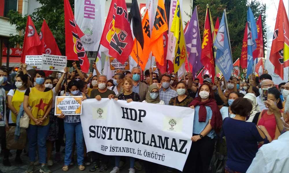 HDP'ye yönelik operasyonlar İstanbul'da protesto edildi