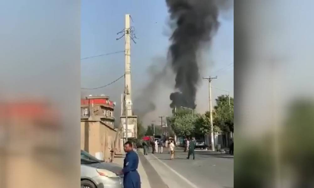 Afganistan'da Cumhurbaşkanı Yardımcısının konvoyuna bombalı saldırı: 10 ölü