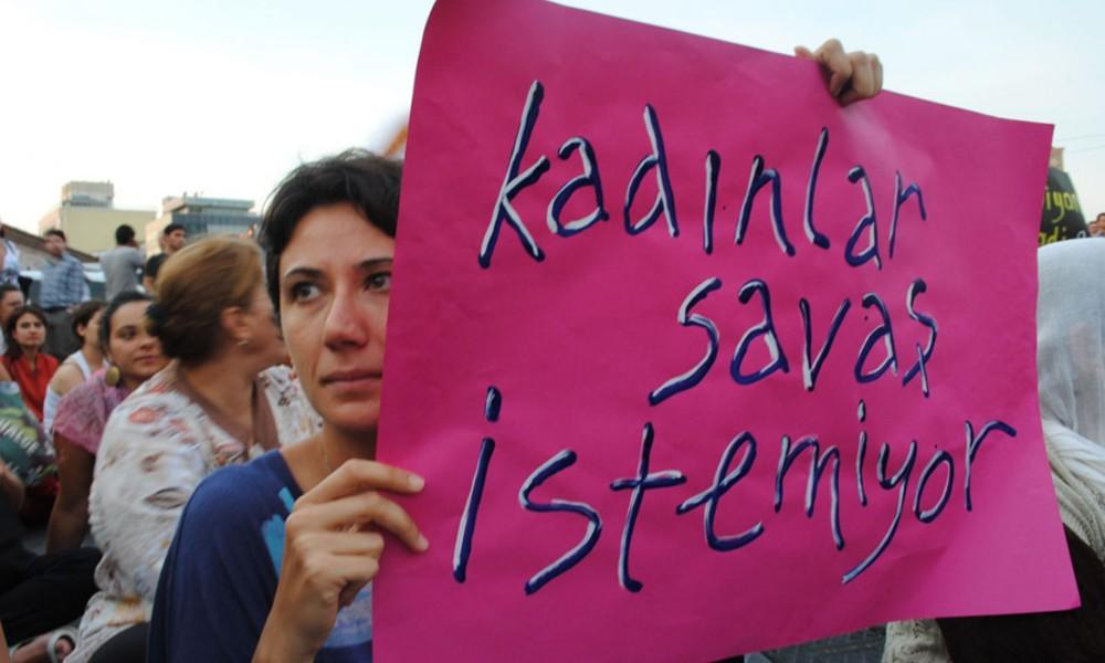 Türk ve Yunan 350 kadından 'barış' çağrısı