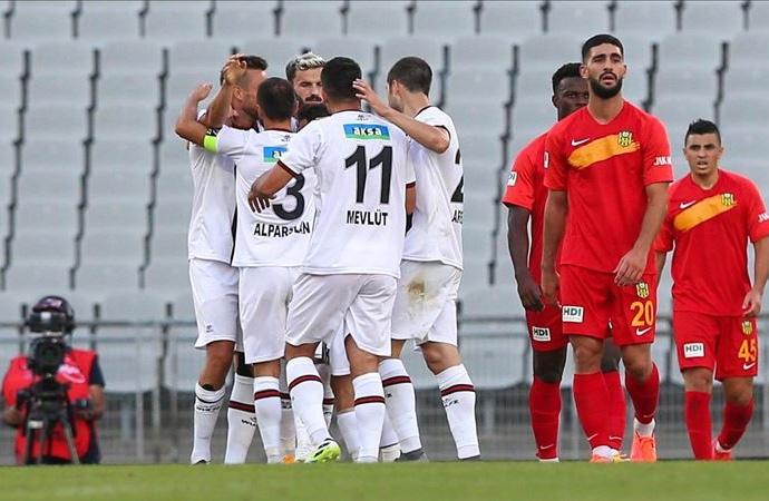 Süper Lig'in yeni ekibi Fatih Karagümrük hızlı başladı!