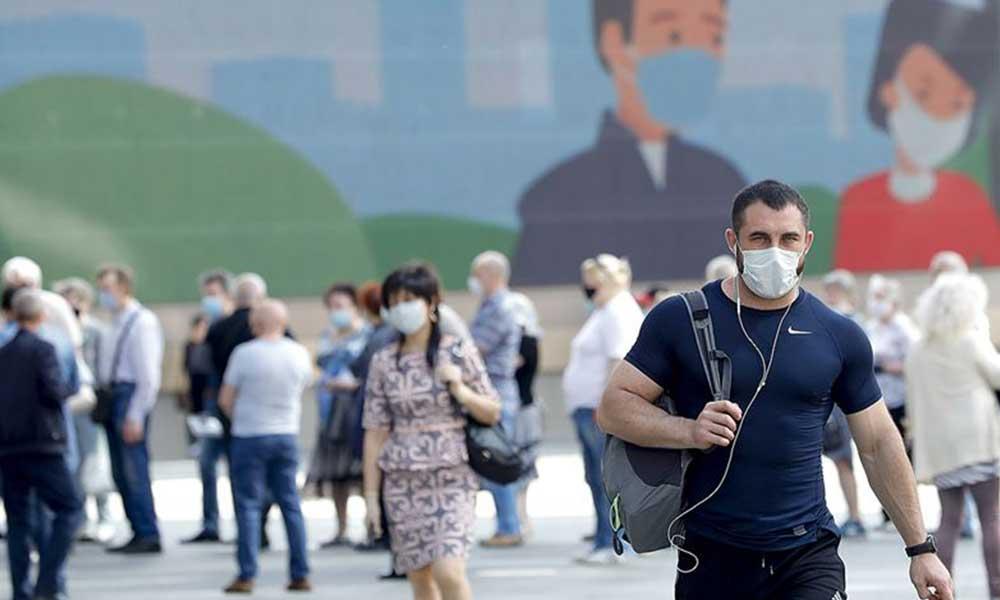 Koronavirüs yayılmaya devam ediyor: Çekya ve Slovakya'da OHAL ilan edildi