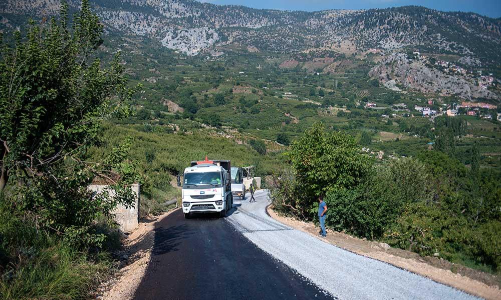 Asfalt atağı yolu 150 kilometre kısaltıyor