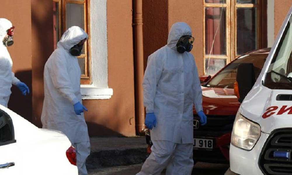 Okulda koronavirüs alarmı! Müdür ve iki personelin tedavisine başlandı
