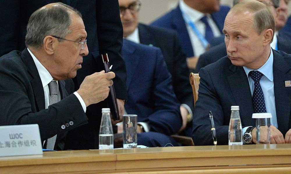 Rusya yeni güne istifa şokuyla uyandı
