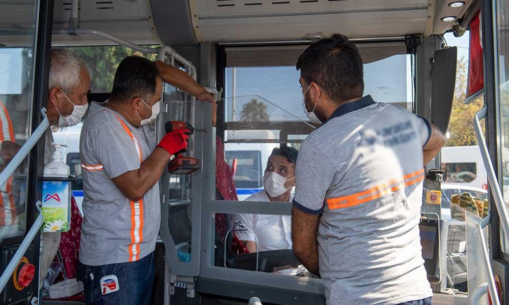 Mersin'de toplu taşımada şeffaf kabin dönemi