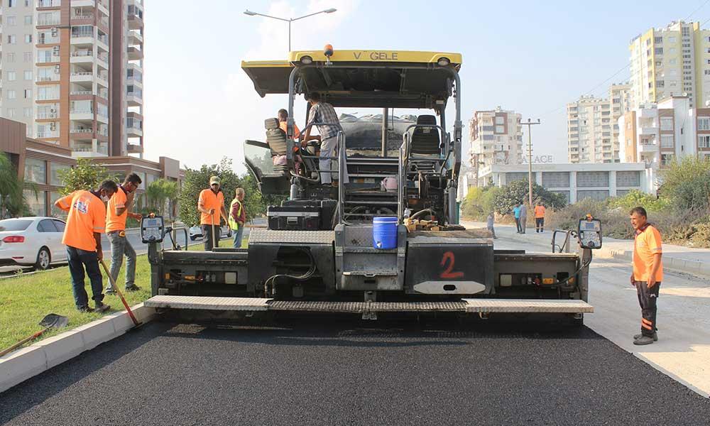 Vatan Caddesi'nde sıcak asfalt çalışması yapıldı