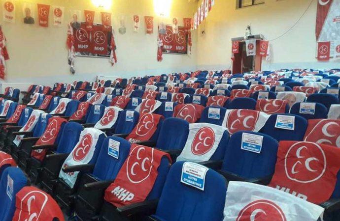 MHP'liler Türkiye'ye adını yazdıran isimlerin üstünü kapadı