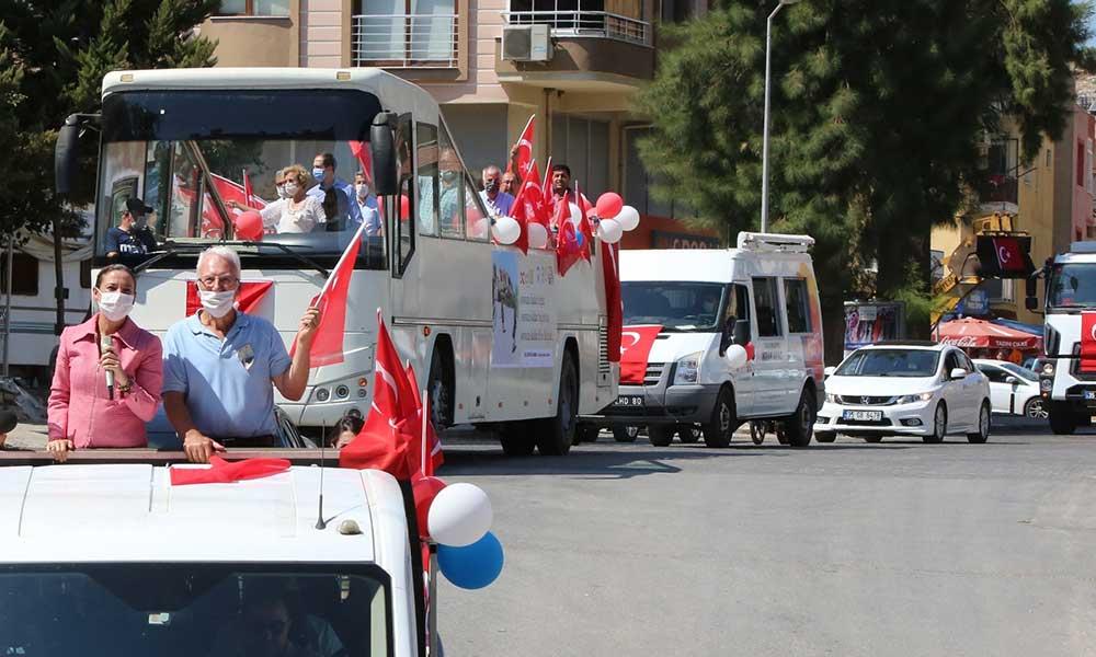 Efes Selçuk'ta sonsuz özgürlük ve bağımsızlık konvoyu