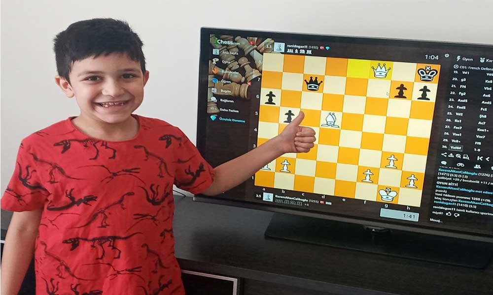 30 Ağustos Zafer Bayramı online satranç turnuvasının kazananları belli oldu