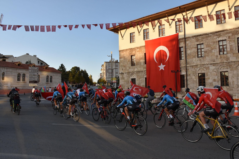 Sivas'ta Cumhuriyet Bayramı bisiklet turuyla kutlandı
