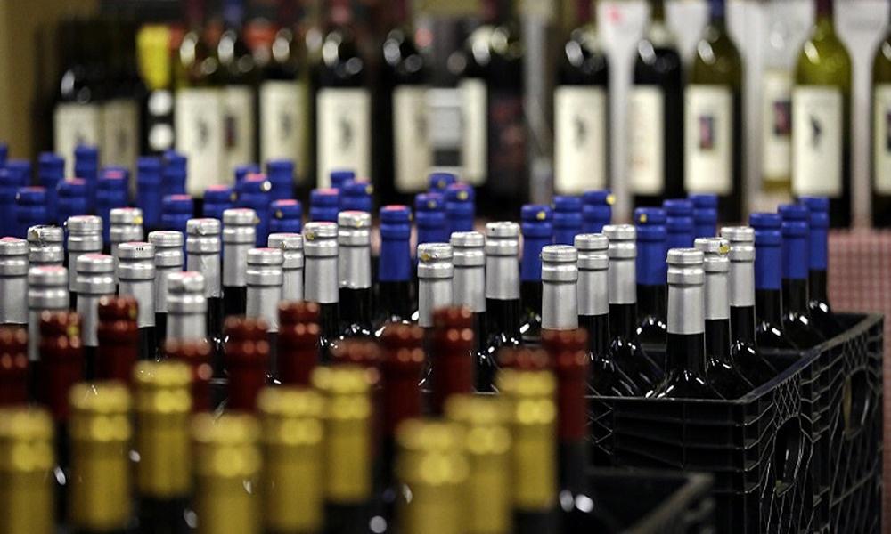 İstanbul'da 2 ton sahte alkol ele geçirildi