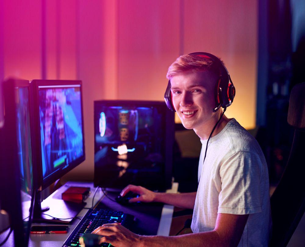 Gamerlar için indirimler ve ücretsiz oyunlar