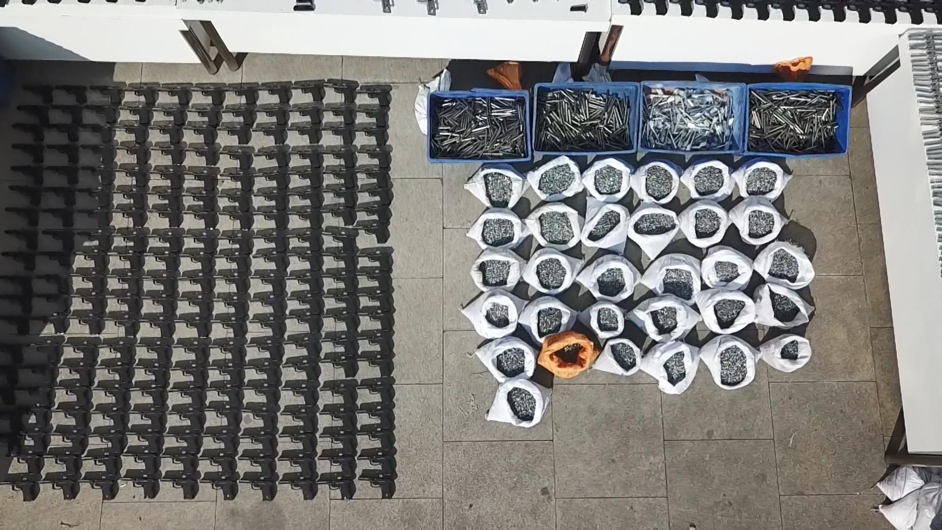 Başakşehir'de kaçak silah imalathanesine operasyon
