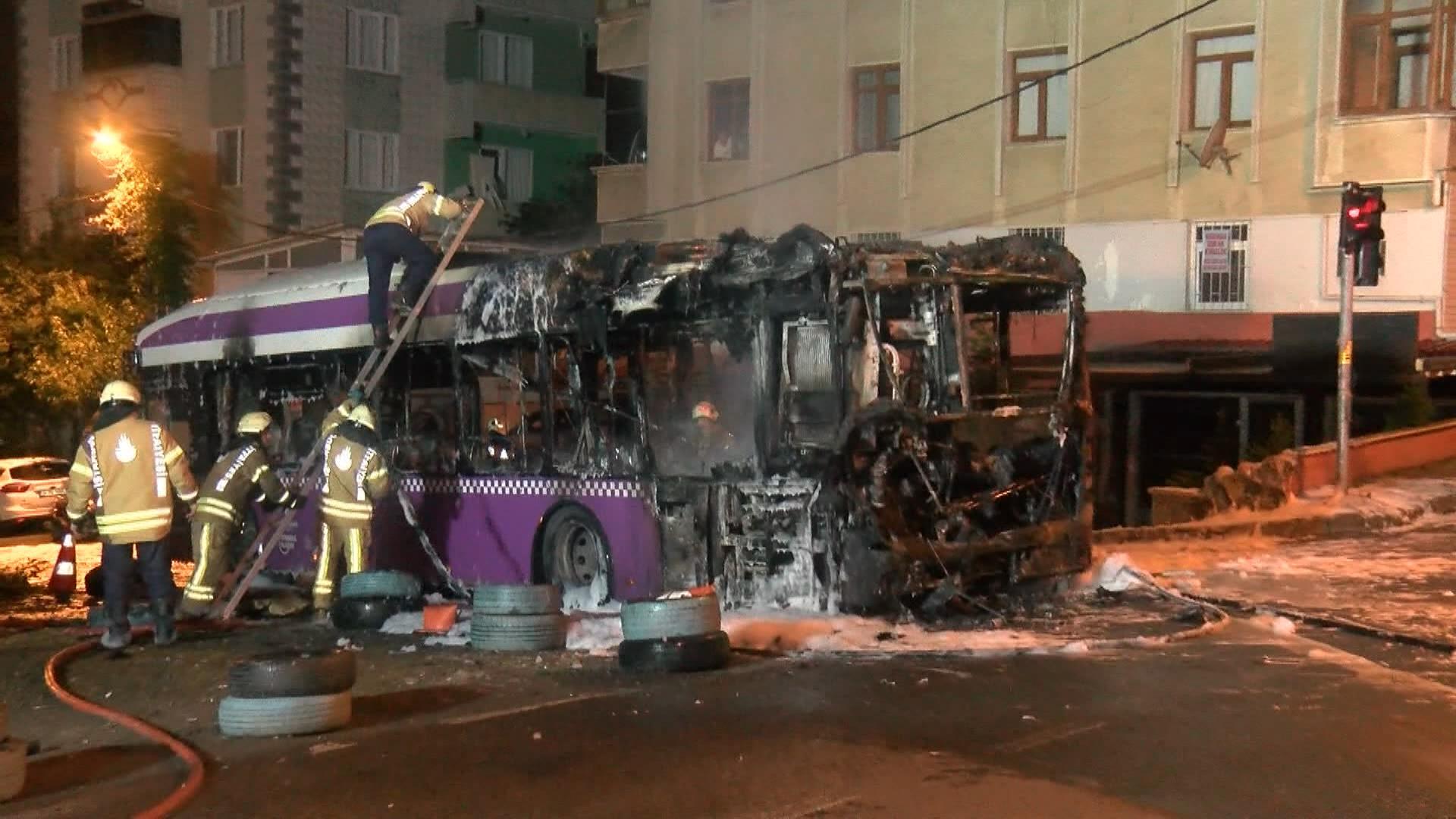 Beykoz'da otobüs yandı