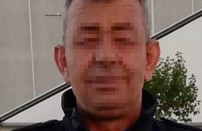 Polis memuru aralarında husumet olan komşusunu öldürdü