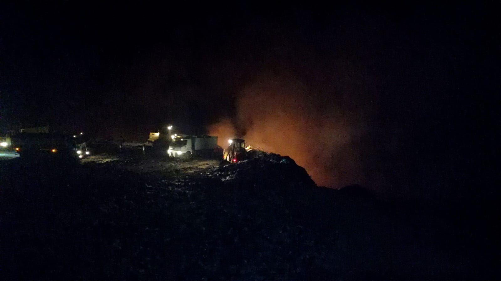 Karabük'te çöplük alanda yangın