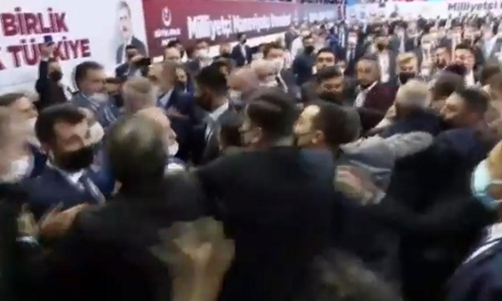 BBP kongresinde yumruklu kavga: Polis müdahale etti