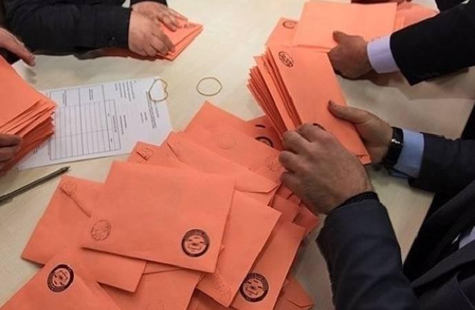 Kulis: AKP, yüzde 10'luk seçim barajını düşürmeyi gündeme aldı