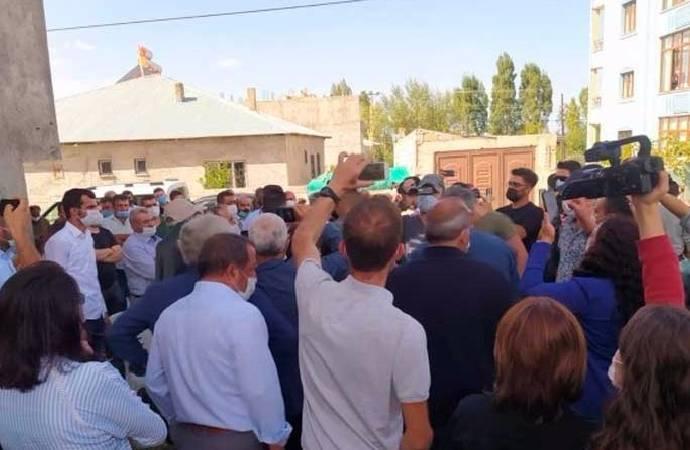 Polis, Servet Turgut'un taziyesini bastı: Derhal bitirin