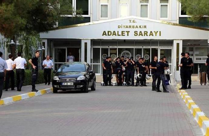 DTK soruşturması   Gazeteci Hakkı Boltan ve 13 kişi adliyeye sevk edildi