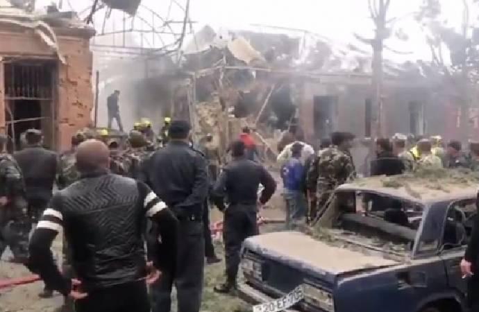 Ermenistan'dan füze saldırısı: 1 sivil hayatını kaybetti