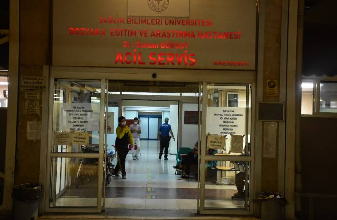 Sahte içkiden zehirlenen 9 kişi hastaneye kaldırıldı; durumları kritik